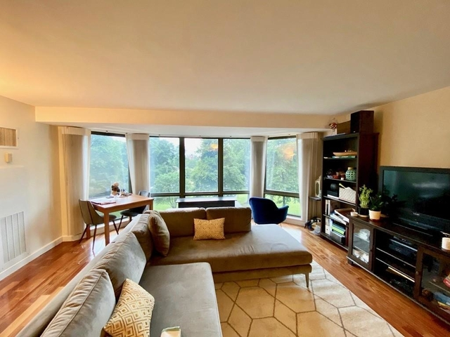 2 Bedrooms, Chinatown - Leather District Rental in Boston, MA for $4,495 - Photo 2