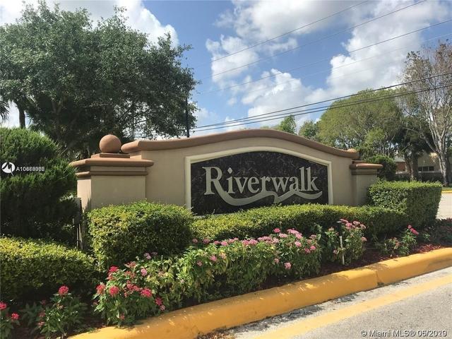 2 Bedrooms, New River Estates Rental in Miami, FL for $2,050 - Photo 2