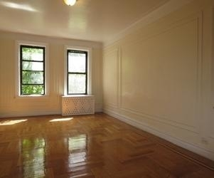 2 Bedrooms, Washington Heights Rental in NYC for $2,675 - Photo 2