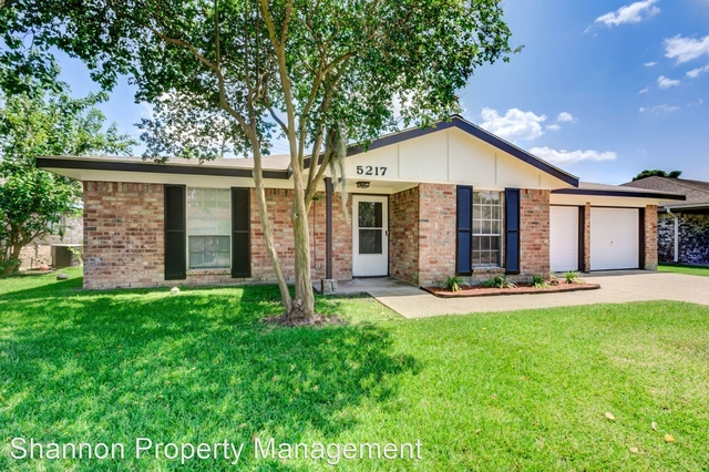 4 Bedrooms, Southeast Harris Rental in Houston for $1,750 - Photo 1