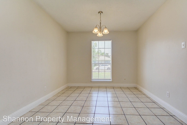 4 Bedrooms, Southeast Harris Rental in Houston for $1,750 - Photo 2