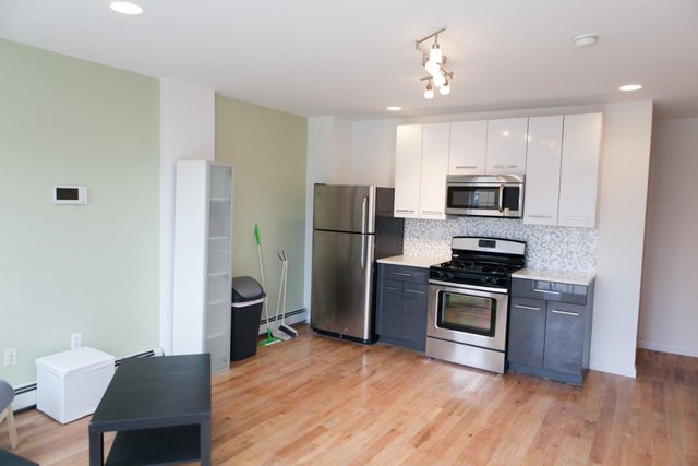 2 Bedrooms, Ocean Hill Rental in NYC for $2,150 - Photo 1