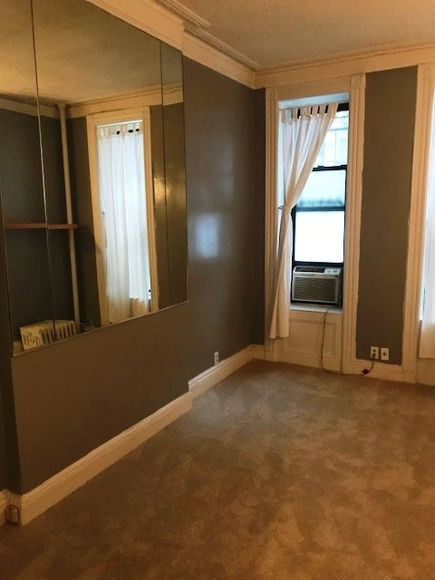 Studio, Yorkville Rental in NYC for $1,750 - Photo 2
