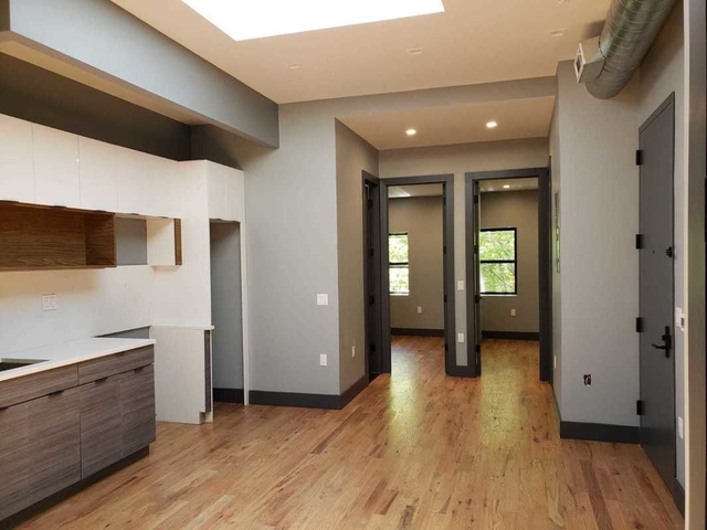 4 Bedrooms, Ocean Hill Rental in NYC for $2,900 - Photo 1
