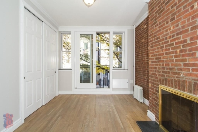 2 Bedrooms, East Village Rental in NYC for $4,426 - Photo 2
