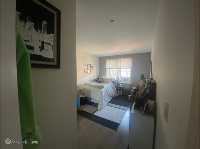 4 Bedrooms, Upper East Side Rental in NYC for $5,450 - Photo 1