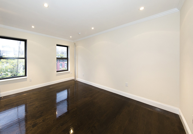 3 Bedrooms, East Village Rental in NYC for $5,469 - Photo 2