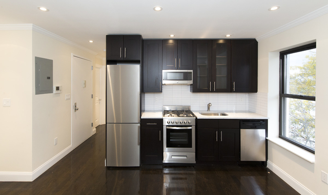 3 Bedrooms, East Village Rental in NYC for $5,469 - Photo 1