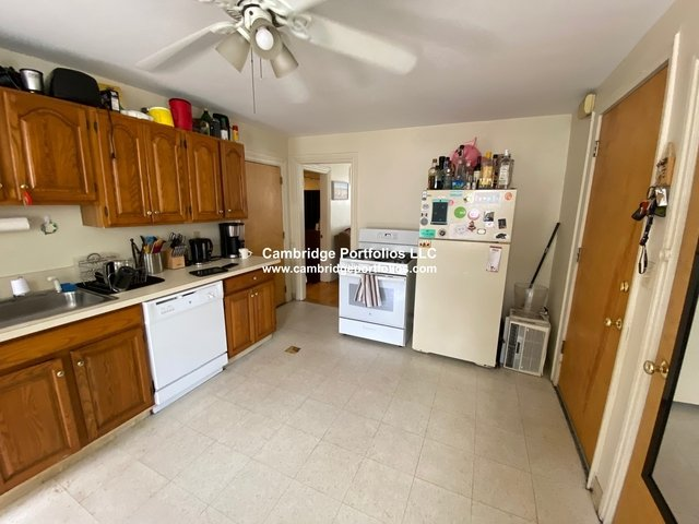 3 Bedrooms, Spring Hill Rental in Boston, MA for $3,200 - Photo 2