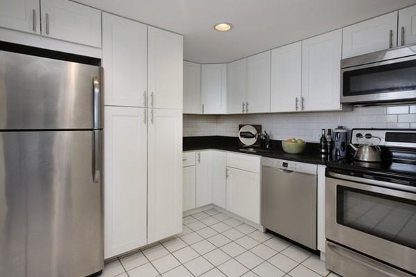 2 Bedrooms, Coolidge Corner Rental in Boston, MA for $3,500 - Photo 2