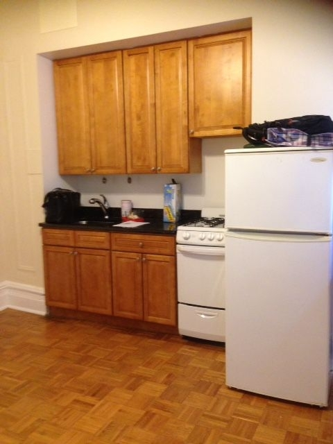 1 Bedroom, Upper West Side Rental in NYC for $2,345 - Photo 2