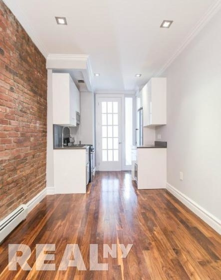 2 Bedrooms, Little Italy Rental in NYC for $4,150 - Photo 2