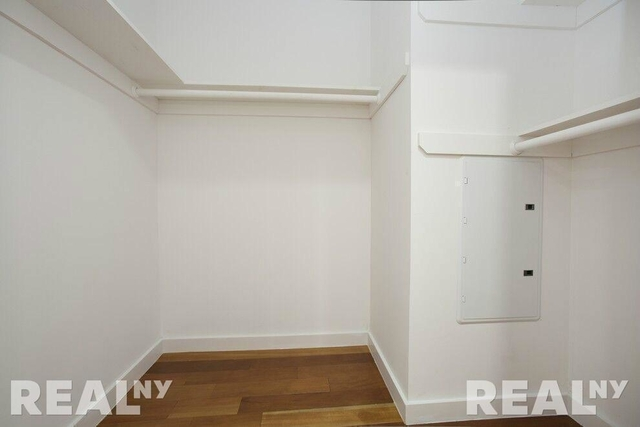 1 Bedroom, Alphabet City Rental in NYC for $3,450 - Photo 2