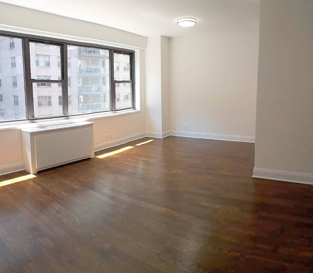 Studio, Sutton Place Rental in NYC for $2,635 - Photo 1
