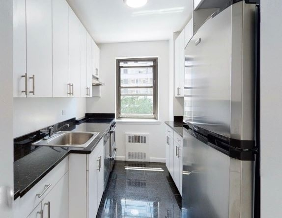 1 Bedroom, Sutton Place Rental in NYC for $3,116 - Photo 1