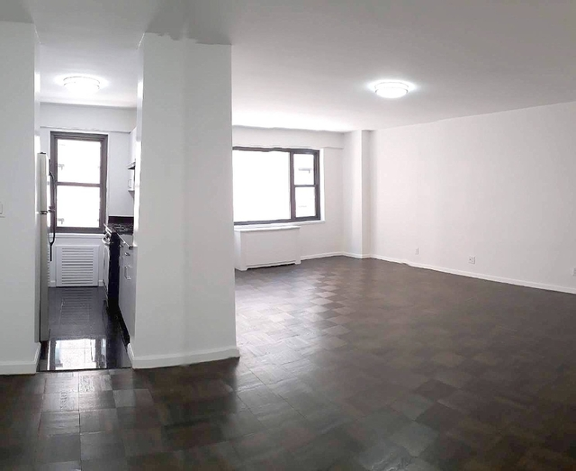 1 Bedroom, Sutton Place Rental in NYC for $3,116 - Photo 2