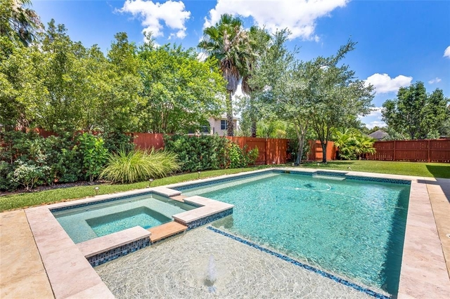 5 Bedrooms, Lakes on Eldridge North Rental in Houston for $4,500 - Photo 1