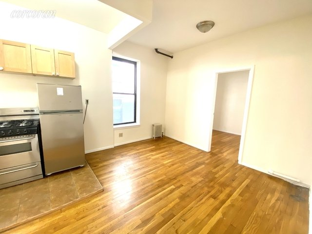 1 Bedroom, Gramercy Park Rental in NYC for $2,300 - Photo 2