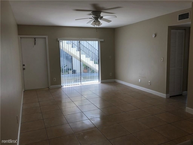 2 Bedrooms, Country Club Rental in Miami, FL for $1,400 - Photo 1