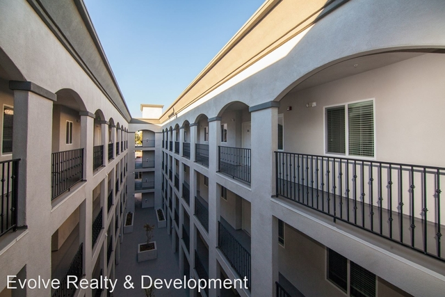 3 Bedrooms, Sherman Oaks Rental in Los Angeles, CA for $2,800 - Photo 1
