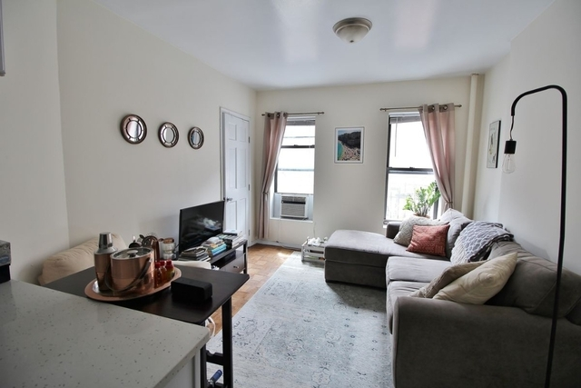 2 Bedrooms, West Village Rental in NYC for $3,900 - Photo 2