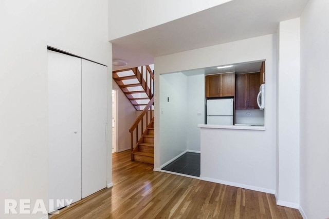2 Bedrooms, NoHo Rental in NYC for $5,295 - Photo 2