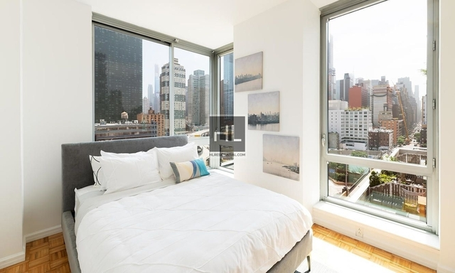 2 Bedrooms, Hell's Kitchen Rental in NYC for $4,928 - Photo 1