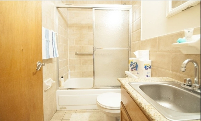 2 Bedrooms, Hell's Kitchen Rental in NYC for $2,375 - Photo 2