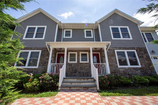 4 Bedrooms, Manorhaven Rental in Long Island, NY for $5,000 - Photo 1