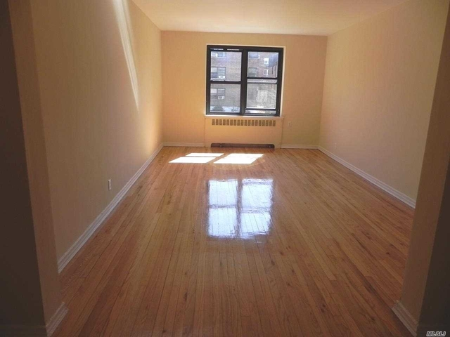 1 Bedroom, Great Neck Plaza Rental in Long Island, NY for $2,003 - Photo 2