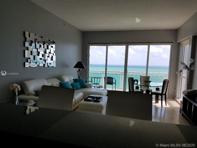 2 Bedrooms, Atlantic Heights Rental in Miami, FL for $4,300 - Photo 2