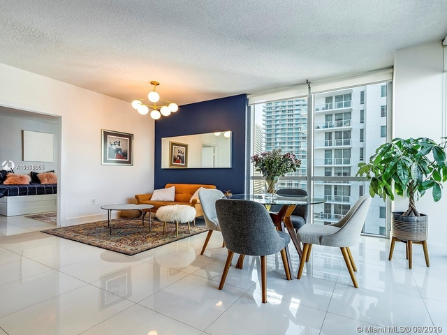 2 Bedrooms, Miami Financial District Rental in Miami, FL for $2,700 - Photo 1