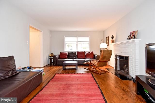 3 Bedrooms, Bethesda Rental in Washington, DC for $4,200 - Photo 2