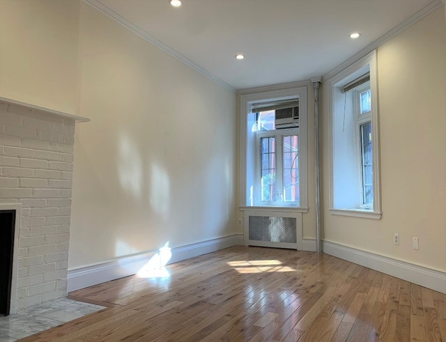 1 Bedroom, Murray Hill Rental in NYC for $2,450 - Photo 1