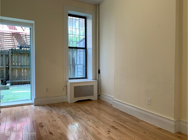 2 Bedrooms, Yorkville Rental in NYC for $2,800 - Photo 1