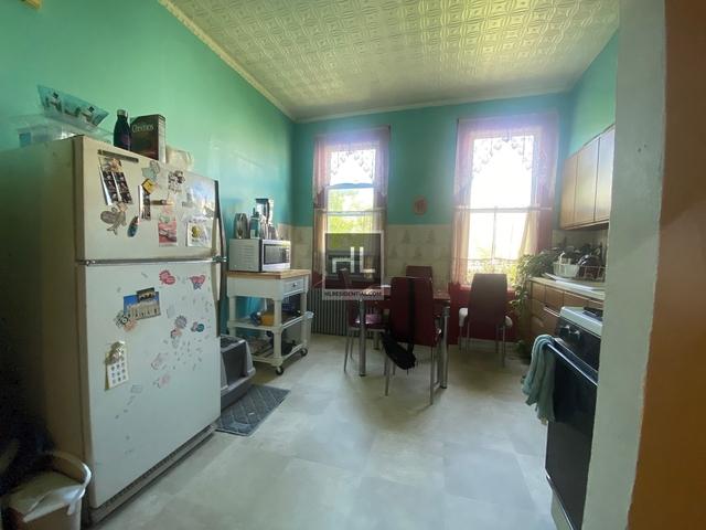 2 Bedrooms, Ridgewood Rental in NYC for $1,850 - Photo 2