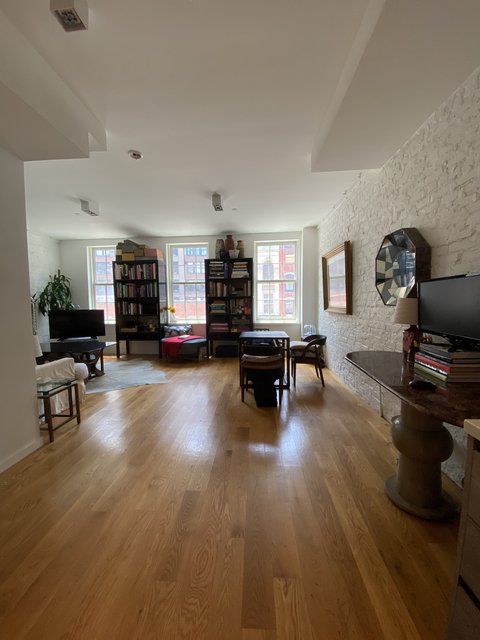 2 Bedrooms, SoHo Rental in NYC for $6,200 - Photo 2