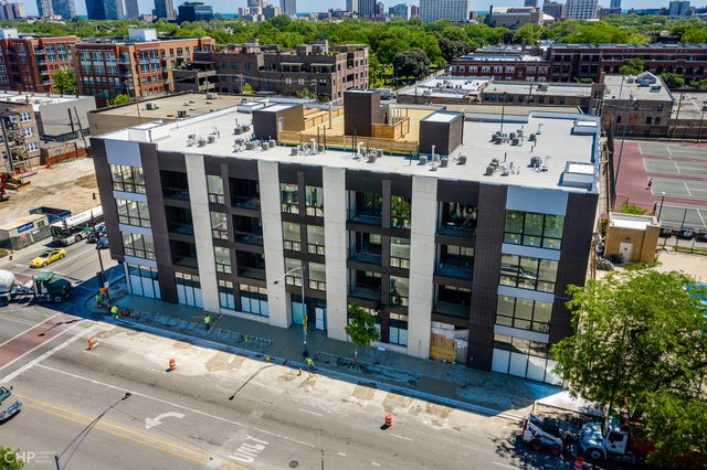 2 Bedrooms, Ravenswood Rental in Chicago, IL for $2,395 - Photo 2