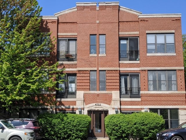 3 Bedrooms, Kenwood Rental in Chicago, IL for $2,200 - Photo 1