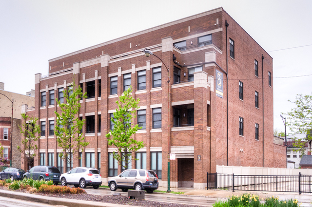2 Bedrooms, Lathrop Rental in Chicago, IL for $2,300 - Photo 1