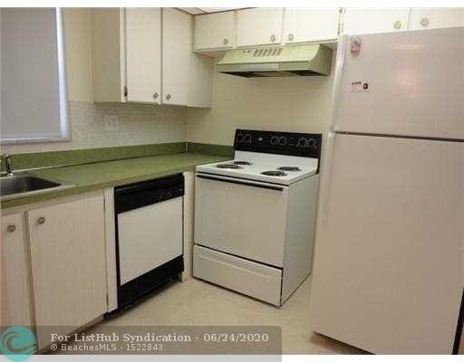 1 Bedroom, Margate Village Condominiums Rental in Miami, FL for $975 - Photo 2