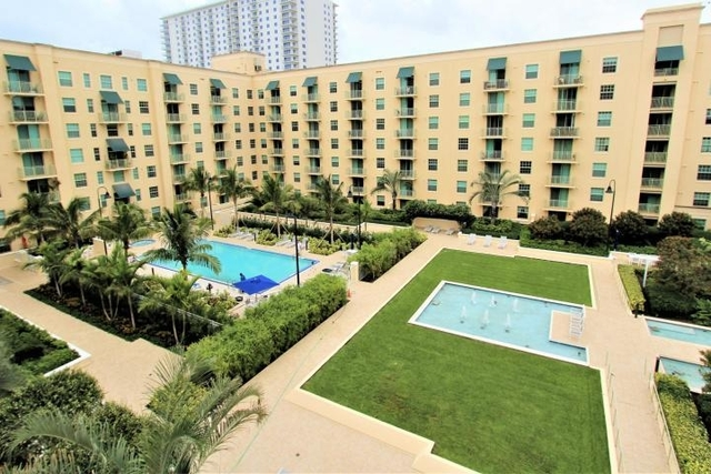 2 Bedrooms, Downtown West Palm Beach Rental in Miami, FL for $2,075 - Photo 2