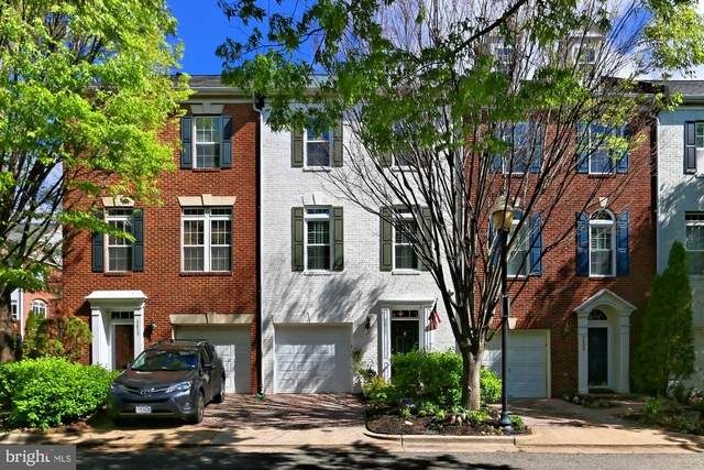 3 Bedrooms, Cameron Station Rental in Washington, DC for $3,490 - Photo 1