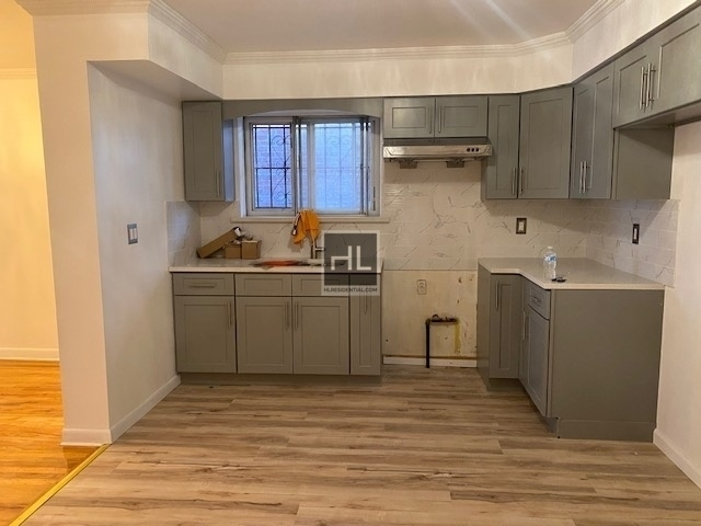 2 Bedrooms, Woodside Rental in NYC for $2,400 - Photo 1