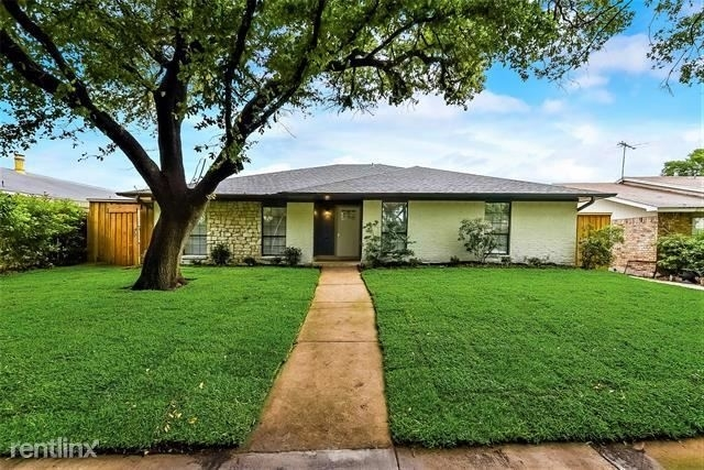 3 Bedrooms, Highland Meadows Rental in Dallas for $2,840 - Photo 1