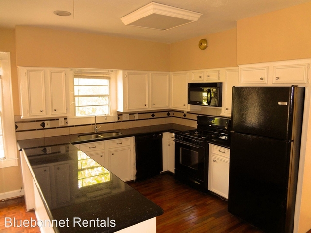 3 Bedrooms, Greater Heights Rental in Houston for $1,795 - Photo 1