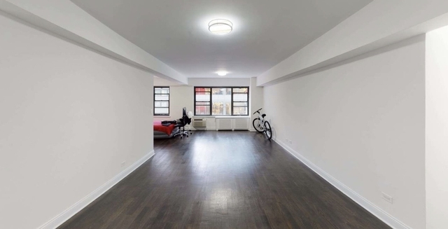 2 Bedrooms, Midtown East Rental in NYC for $3,250 - Photo 1