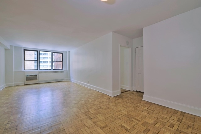 1 Bedroom, Yorkville Rental in NYC for $2,833 - Photo 1