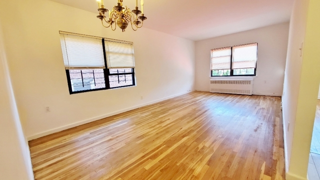 2 Bedrooms, Flushing Rental in NYC for $2,100 - Photo 2