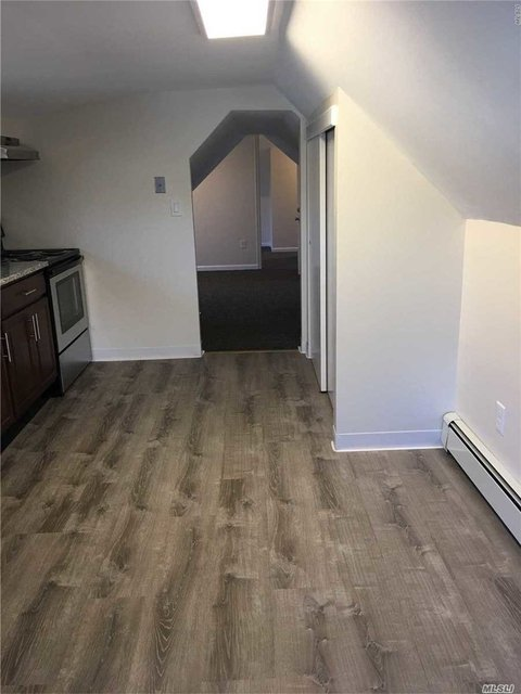 1 Bedroom, Northport Rental in Long Island, NY for $1,600 - Photo 2